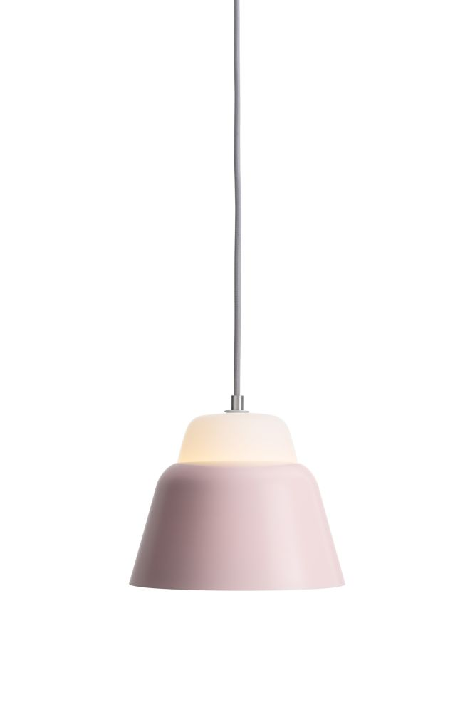 https://res.cloudinary.com/clippings/image/upload/t_big/dpr_auto,f_auto,w_auto/v1510575035/products/modu-pendant-light-small-glass-pink-teo-lena-billmeier-david-baur-clippings-1505321.jpg