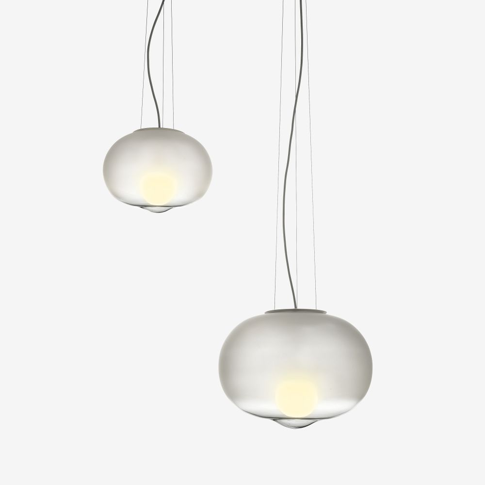 https://res.cloudinary.com/clippings/image/upload/t_big/dpr_auto,f_auto,w_auto/v1511263304/products/hazy-day-pendant-light-marset-uli-budde-clippings-9667511.jpg