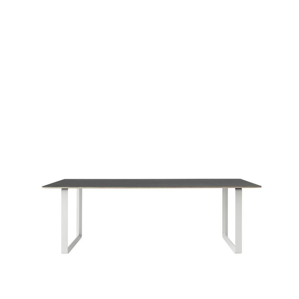70/70 Table Large by Muuto