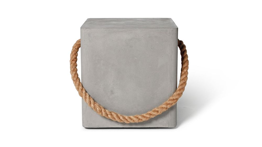 https://res.cloudinary.com/clippings/image/upload/t_big/dpr_auto,f_auto,w_auto/v1512033545/products/concrete-soft-edge-stool-with-wheels-rope-lyon-beton-lyon-b%C3%A9ton-clippings-9697791.jpg