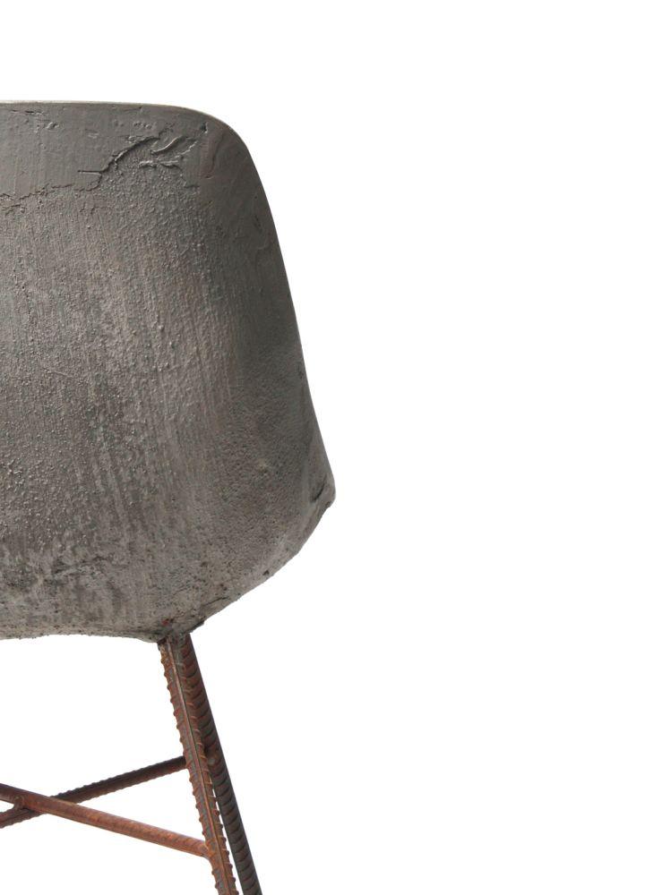 https://res.cloudinary.com/clippings/image/upload/t_big/dpr_auto,f_auto,w_auto/v1512035504/products/concrete-hauteville-chair-lyon-beton-julie-legros-henri-lavallard-boget-clippings-9698291.jpg