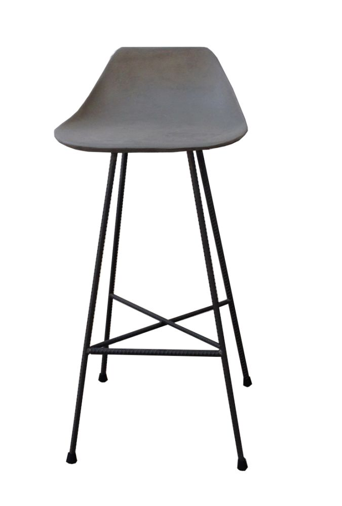 https://res.cloudinary.com/clippings/image/upload/t_big/dpr_auto,f_auto,w_auto/v1512035941/products/concrete-hauteville-bar-chair-lyon-beton-julie-legros-henri-lavallard-boget-clippings-9698721.jpg