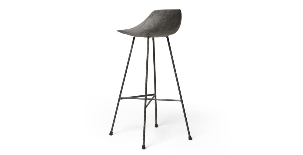 https://res.cloudinary.com/clippings/image/upload/t_big/dpr_auto,f_auto,w_auto/v1512035947/products/concrete-hauteville-bar-chair-lyon-beton-julie-legros-henri-lavallard-boget-clippings-9698751.jpg