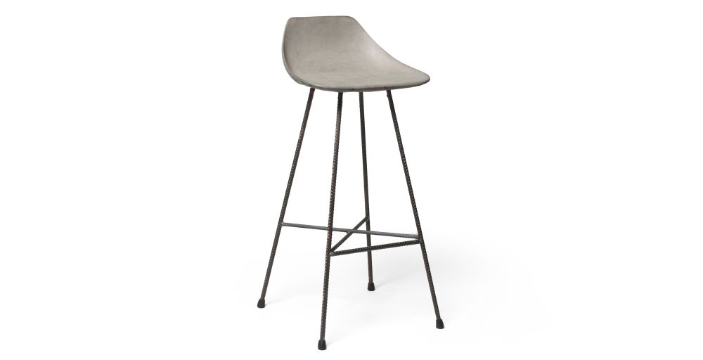 https://res.cloudinary.com/clippings/image/upload/t_big/dpr_auto,f_auto,w_auto/v1512035948/products/concrete-hauteville-bar-chair-lyon-beton-julie-legros-henri-lavallard-boget-clippings-9698761.jpg