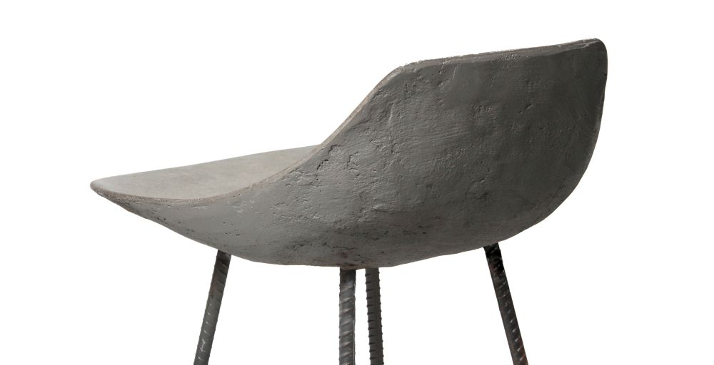 https://res.cloudinary.com/clippings/image/upload/t_big/dpr_auto,f_auto,w_auto/v1512035968/products/concrete-hauteville-bar-chair-lyon-beton-julie-legros-henri-lavallard-boget-clippings-9698861.jpg