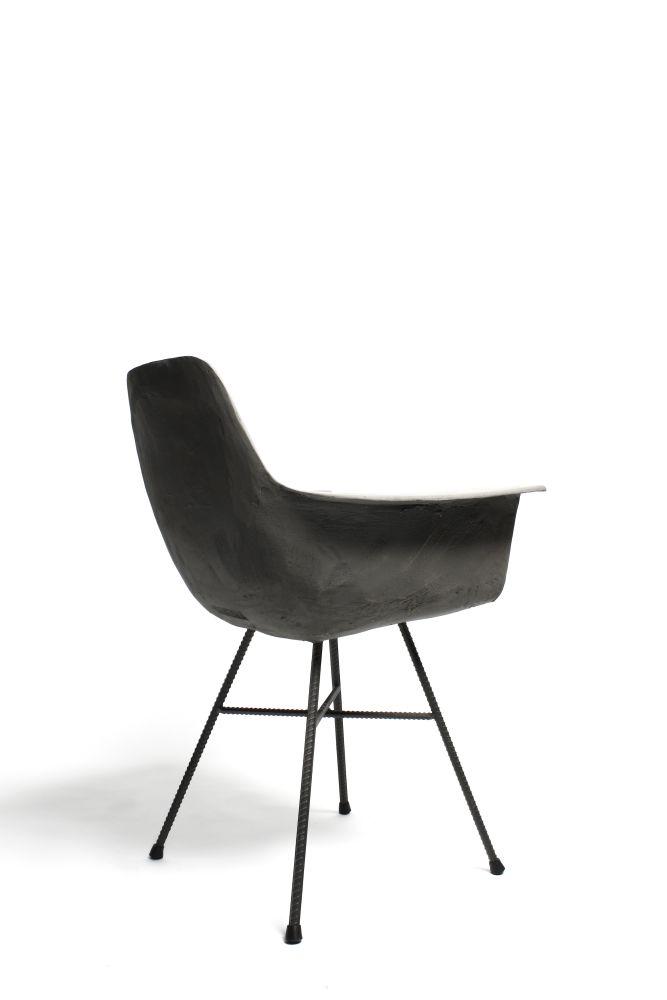 https://res.cloudinary.com/clippings/image/upload/t_big/dpr_auto,f_auto,w_auto/v1512044370/products/concrete-hauteville-armchair-lyon-beton-julie-legros-henri-lavallard-boget-clippings-9702351.jpg