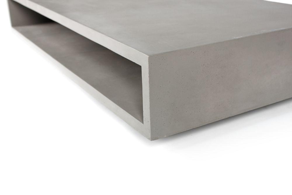 https://res.cloudinary.com/clippings/image/upload/t_big/dpr_auto,f_auto,w_auto/v1512110687/products/concrete-monobloc-coffee-table-lyon-beton-lyon-b%C3%A9ton-clippings-9705851.jpg
