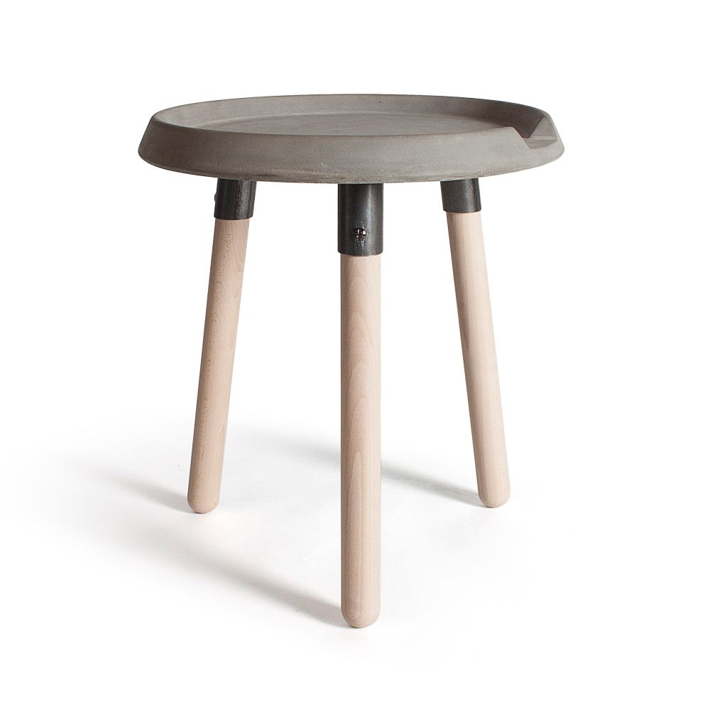 https://res.cloudinary.com/clippings/image/upload/t_big/dpr_auto,f_auto,w_auto/v1512112819/products/beton-mix-side-table-lyon-beton-bertrand-jayr-clippings-9706851.jpg