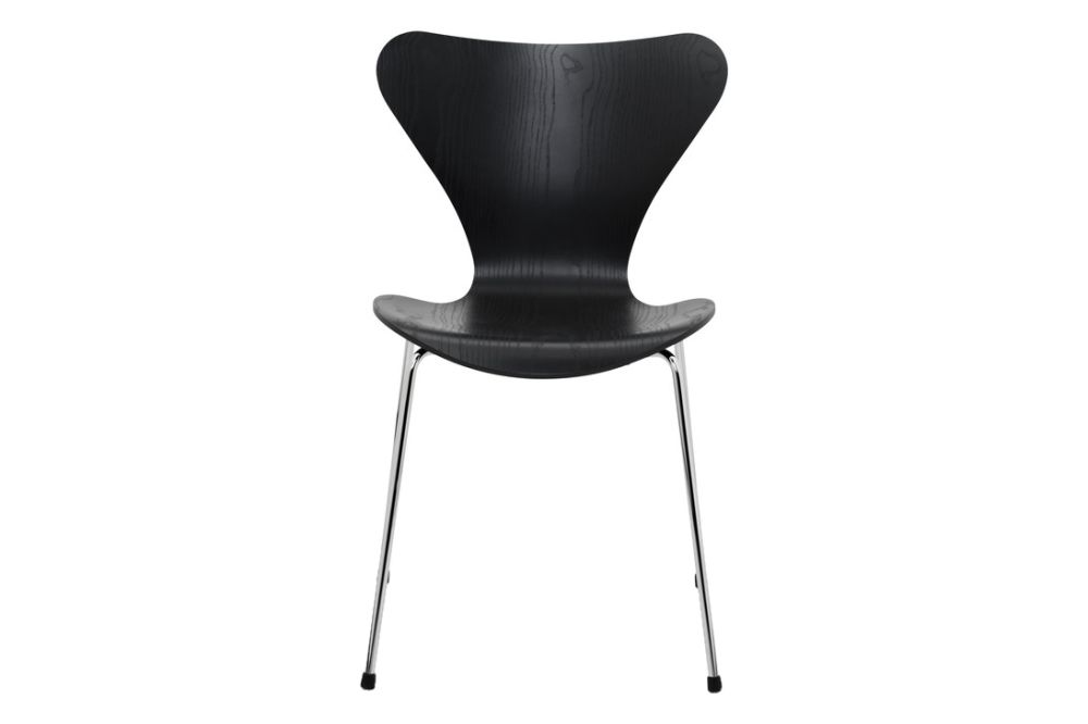 https://res.cloudinary.com/clippings/image/upload/t_big/dpr_auto,f_auto,w_auto/v1513550263/products/series-7-stackable-chair-republic-of-fritz-hansen-arne-jacobsen-clippings-9765101.jpg