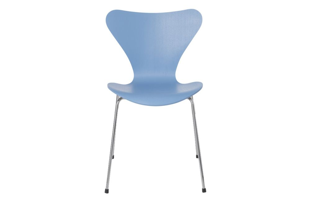 https://res.cloudinary.com/clippings/image/upload/t_big/dpr_auto,f_auto,w_auto/v1513550658/products/series-7-stackable-chair-republic-of-fritz-hansen-arne-jacobsen-clippings-9765161.jpg