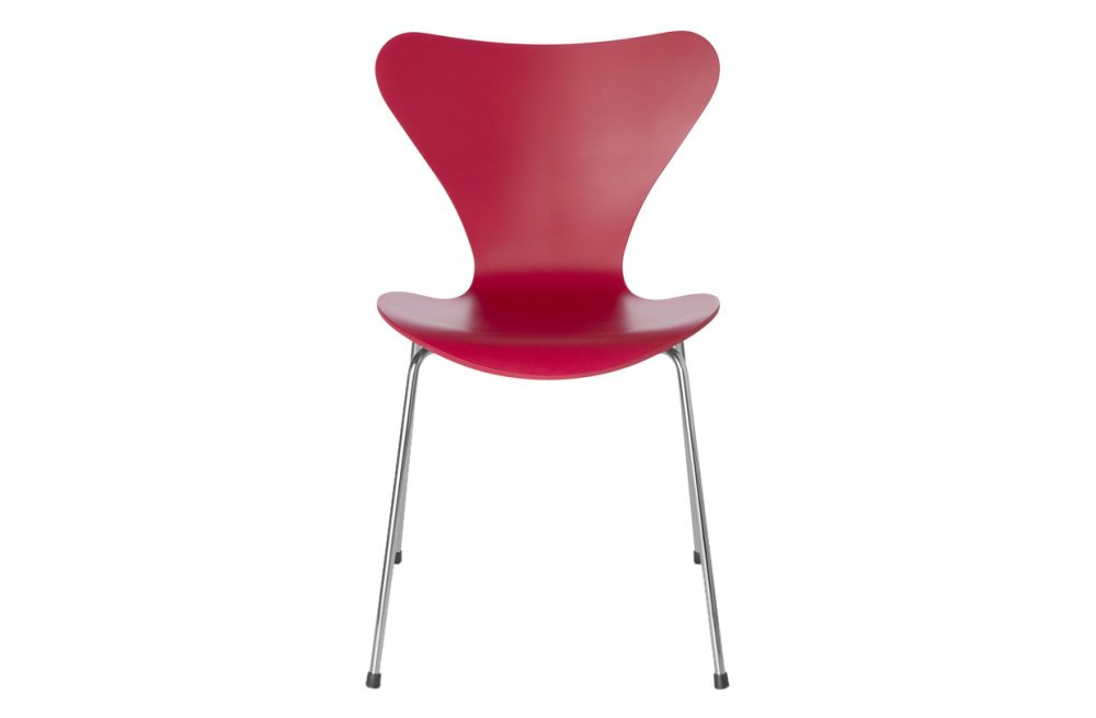 https://res.cloudinary.com/clippings/image/upload/t_big/dpr_auto,f_auto,w_auto/v1513551469/products/series-7-stackable-chair-republic-of-fritz-hansen-arne-jacobsen-clippings-9765261.jpg