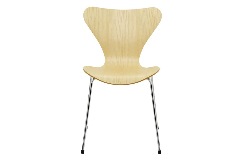 https://res.cloudinary.com/clippings/image/upload/t_big/dpr_auto,f_auto,w_auto/v1513551586/products/series-7-stackable-chair-republic-of-fritz-hansen-arne-jacobsen-clippings-9765281.jpg