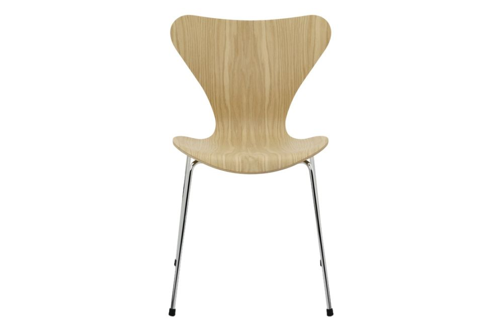 https://res.cloudinary.com/clippings/image/upload/t_big/dpr_auto,f_auto,w_auto/v1513551838/products/series-7-stackable-chair-republic-of-fritz-hansen-arne-jacobsen-clippings-9765331.jpg