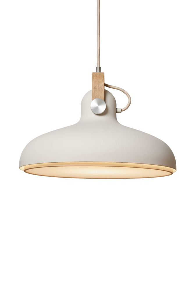 https://res.cloudinary.com/clippings/image/upload/t_big/dpr_auto,f_auto,w_auto/v1513936164/products/carronade-spot-pendant-light-le-klint-markus-johansson-clippings-9781531.jpg