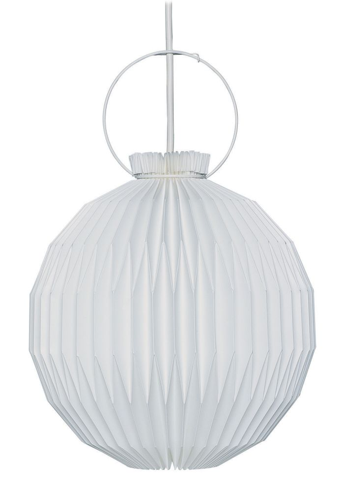 https://res.cloudinary.com/clippings/image/upload/t_big/dpr_auto,f_auto,w_auto/v1514367331/products/le-klint-107-pendant-light-le-klint-esben-klint-clippings-9783911.jpg