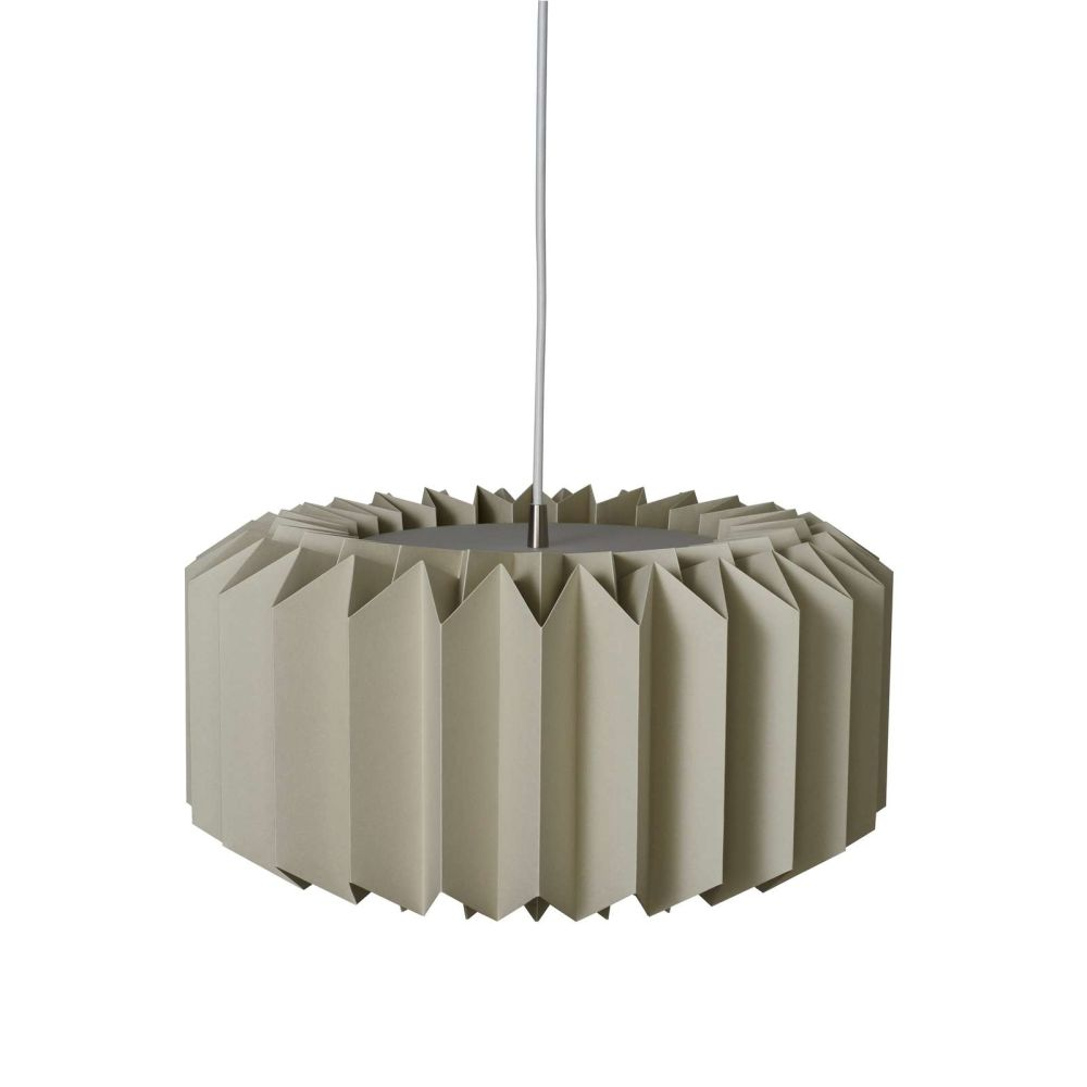https://res.cloudinary.com/clippings/image/upload/t_big/dpr_auto,f_auto,w_auto/v1514544581/products/onefivefour-pendant-light-le-klint-andreas-hansen-clippings-9785021.jpg
