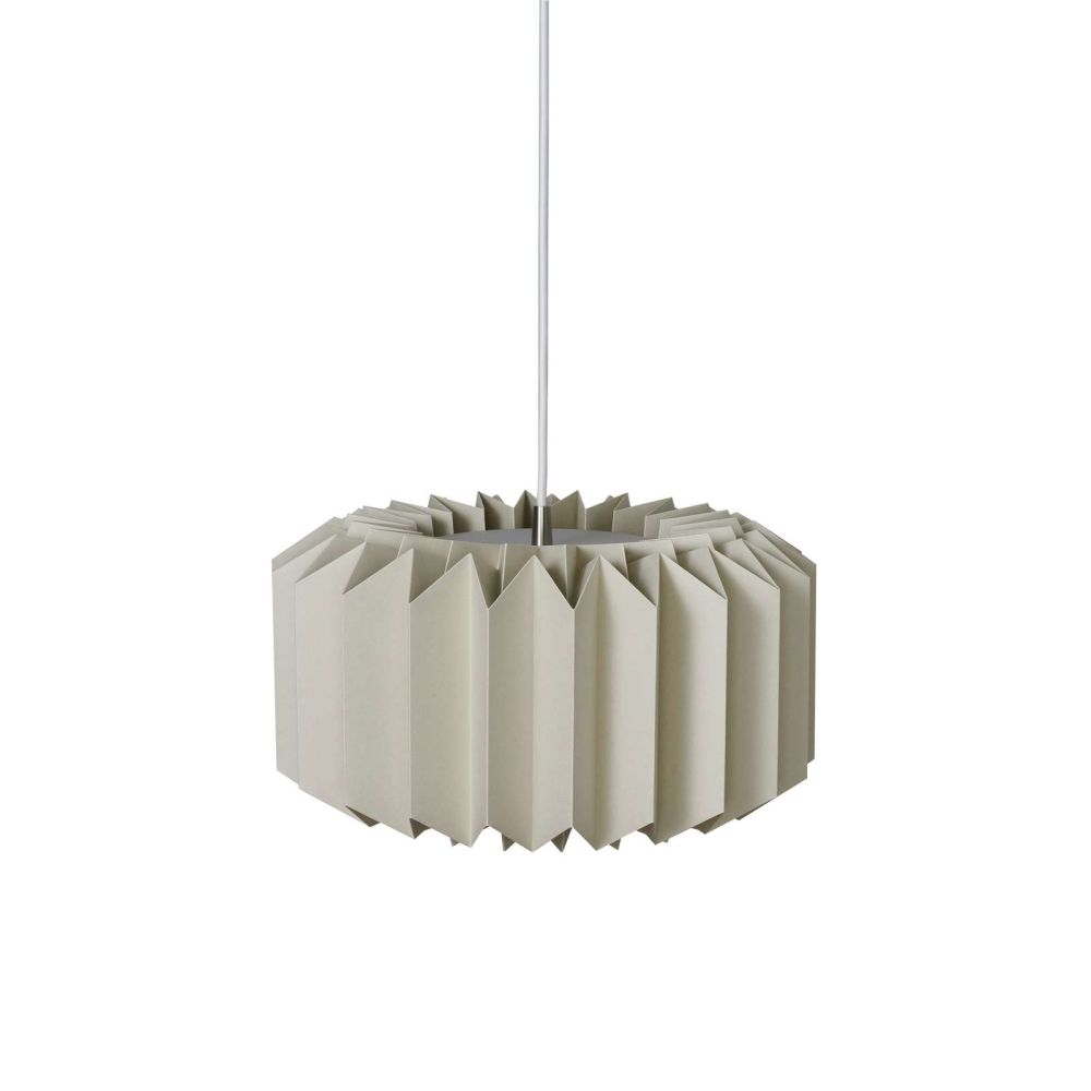 https://res.cloudinary.com/clippings/image/upload/t_big/dpr_auto,f_auto,w_auto/v1514544584/products/onefivefour-pendant-light-le-klint-andreas-hansen-clippings-9785121.jpg