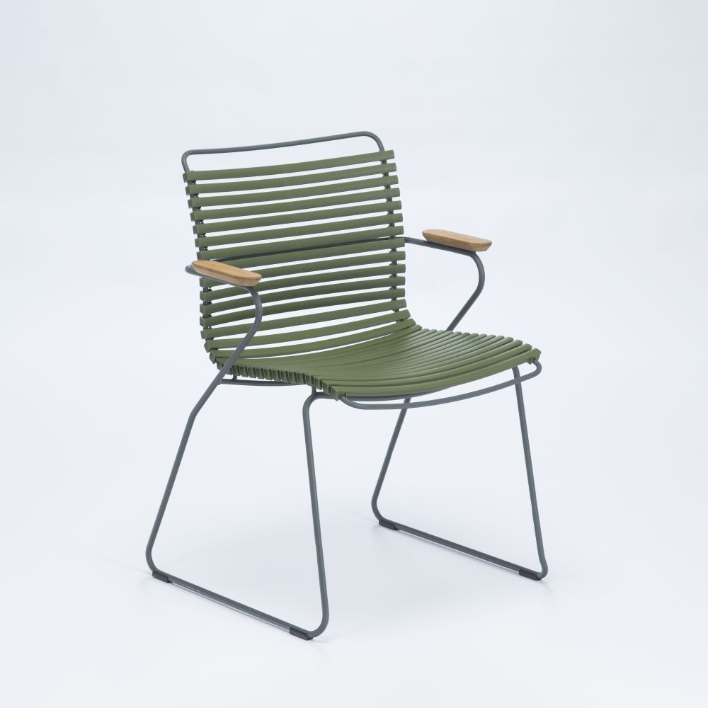 https://res.cloudinary.com/clippings/image/upload/t_big/dpr_auto,f_auto,w_auto/v1515396446/products/click-dining-chair-with-armrests-houe-henrik-pedersen-clippings-9794881.jpg