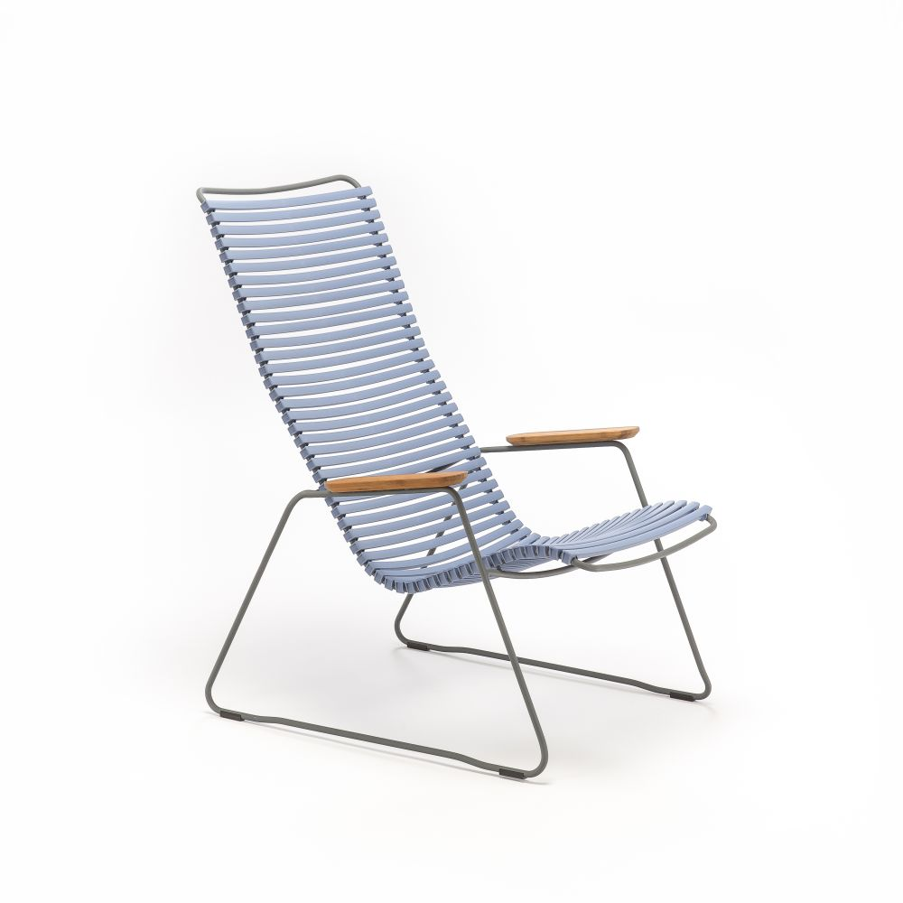 https://res.cloudinary.com/clippings/image/upload/t_big/dpr_auto,f_auto,w_auto/v1515560256/products/click-lounge-chair-houe-henrik-pedersen-clippings-9797281.jpg