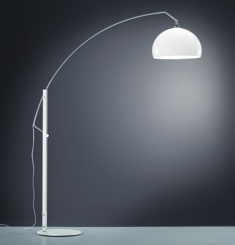 https://res.cloudinary.com/clippings/image/upload/t_big/dpr_auto,f_auto,w_auto/v1515667726/products/doro-floor-lamp-helestra-clippings-9802801.jpg
