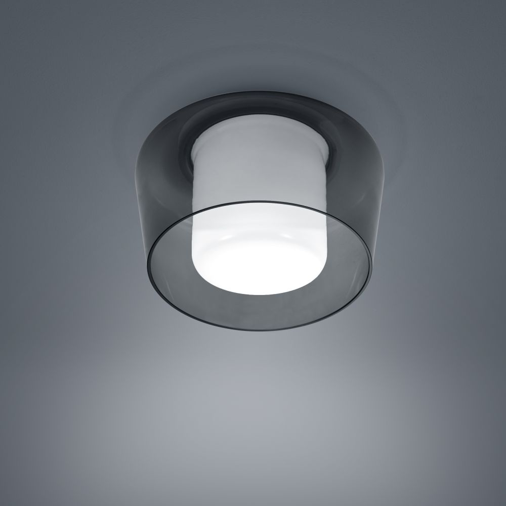 https://res.cloudinary.com/clippings/image/upload/t_big/dpr_auto,f_auto,w_auto/v1515672472/products/canio-ceiling-light-helestra-clippings-9803171.jpg