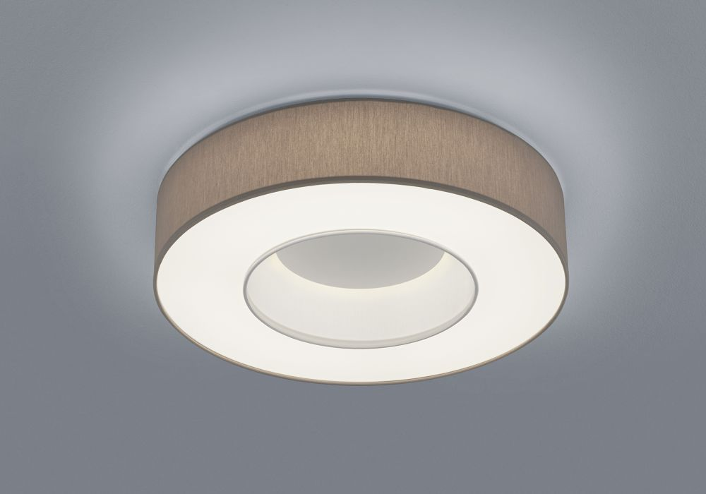 https://res.cloudinary.com/clippings/image/upload/t_big/dpr_auto,f_auto,w_auto/v1516087974/products/lomo-ceiling-light-helestra-clippings-9805901.jpg