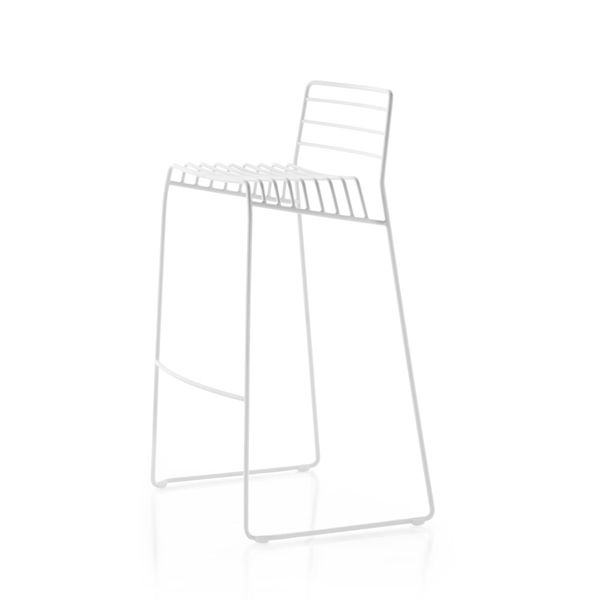 https://res.cloudinary.com/clippings/image/upload/t_big/dpr_auto,f_auto,w_auto/v1516096491/products/park-stackable-stool-b-line-neuland-paster-geldmacher-clippings-9806911.jpg