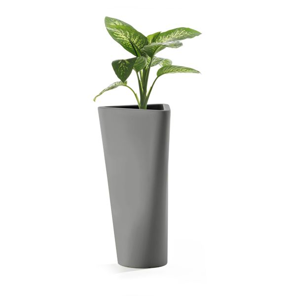 https://res.cloudinary.com/clippings/image/upload/t_big/dpr_auto,f_auto,w_auto/v1516101569/products/eve-vase-b-line-busetti-garuti-redaelli-clippings-9807821.jpg