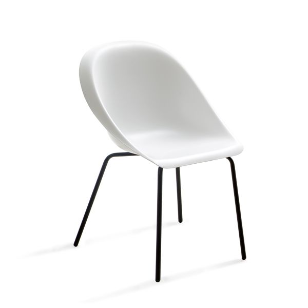 https://res.cloudinary.com/clippings/image/upload/t_big/dpr_auto,f_auto,w_auto/v1516102435/products/hoop-chair-b-line-karim-rashid-clippings-9808011.jpg
