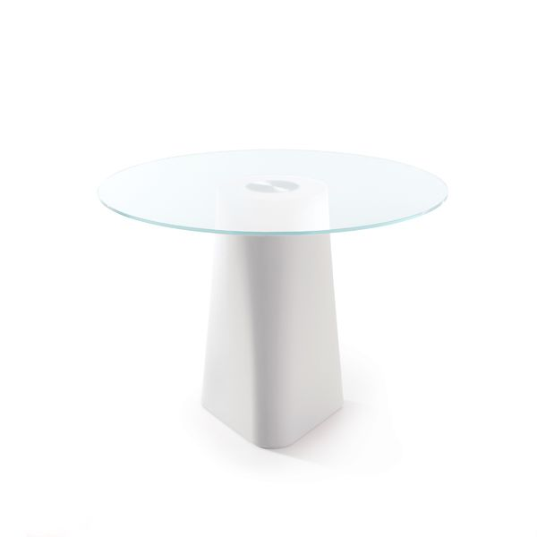 https://res.cloudinary.com/clippings/image/upload/t_big/dpr_auto,f_auto,w_auto/v1516256339/products/adam-dining-table-b-line-busetti-garuti-redaelli-clippings-9811571.jpg
