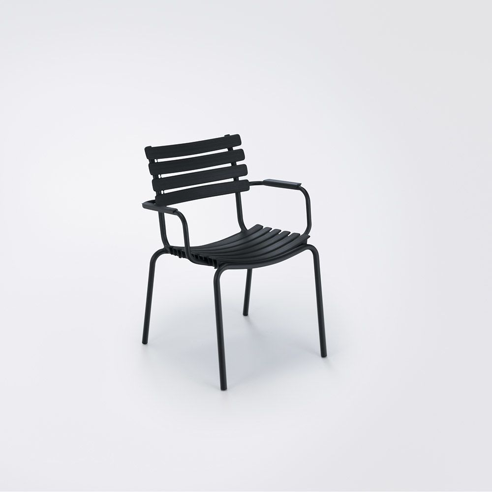 https://res.cloudinary.com/clippings/image/upload/t_big/dpr_auto,f_auto,w_auto/v1516352562/products/clips-dining-chair-with-armrests-houe-henrik-pedersen-clippings-9815291.jpg