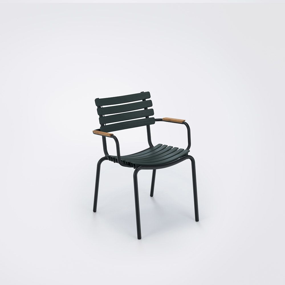 https://res.cloudinary.com/clippings/image/upload/t_big/dpr_auto,f_auto,w_auto/v1516352669/products/clips-dining-chair-with-armrests-houe-henrik-pedersen-clippings-9815331.jpg