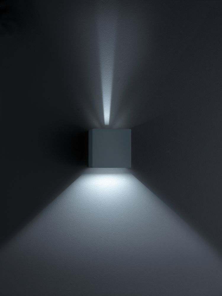 White Matt,Helestra,Wall Lights,architecture,black,darkness,light,lighting,line,sky