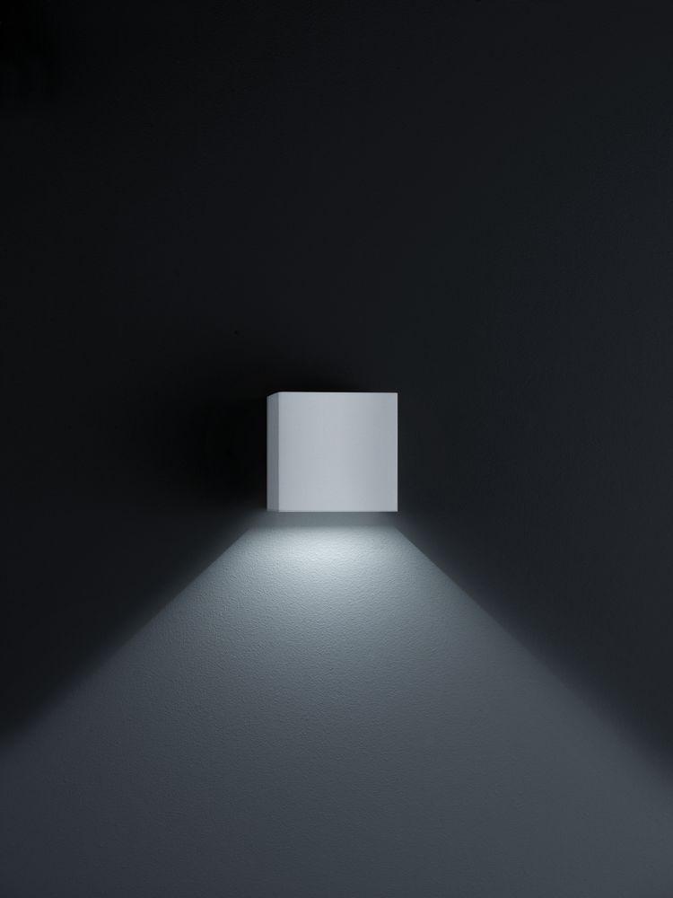White Matt,Helestra,Wall Lights,architecture,black,ceiling,darkness,light,lighting,line,sky,wall