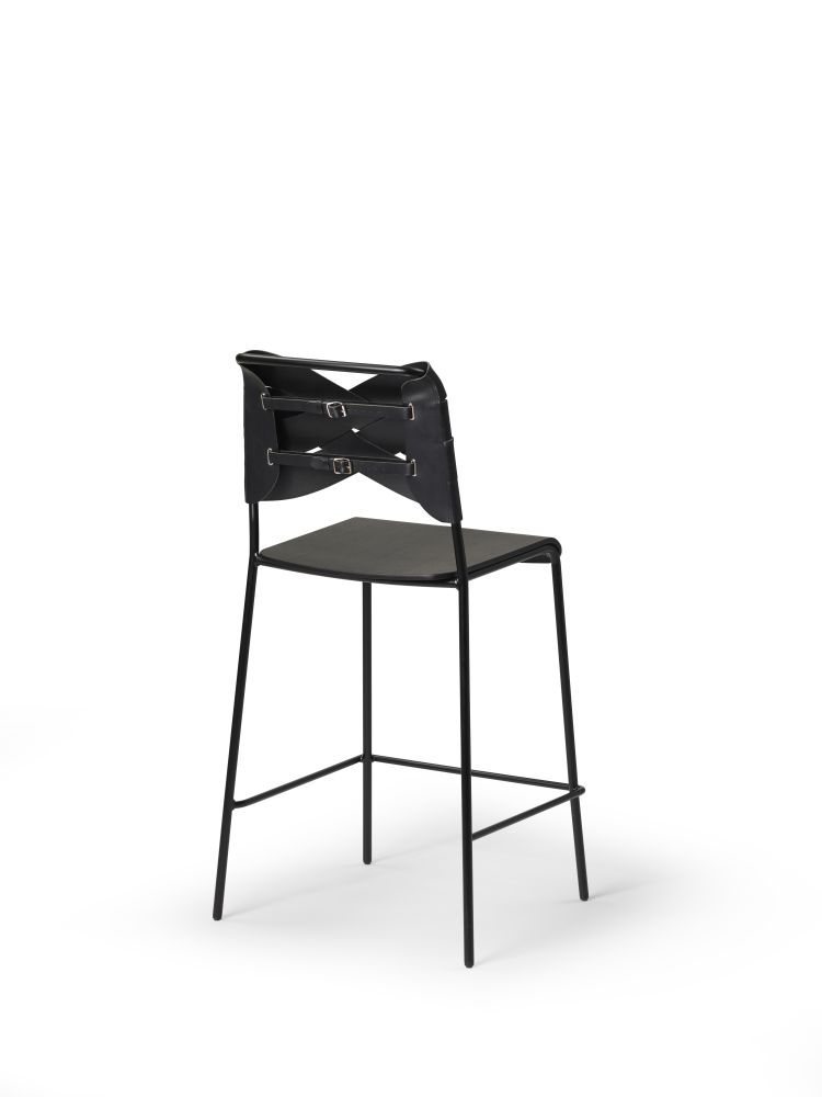 https://res.cloudinary.com/clippings/image/upload/t_big/dpr_auto,f_auto,w_auto/v1516877056/products/torso-barstool-design-house-stockholm-clippings-9828681.jpg
