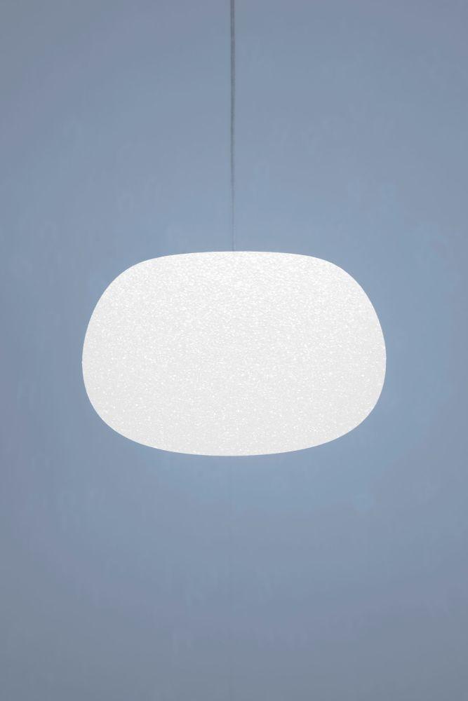 https://res.cloudinary.com/clippings/image/upload/t_big/dpr_auto,f_auto,w_auto/v1517911327/products/sumo-pendant-light-lumen-center-italia-villatosca-clippings-9844611.jpg