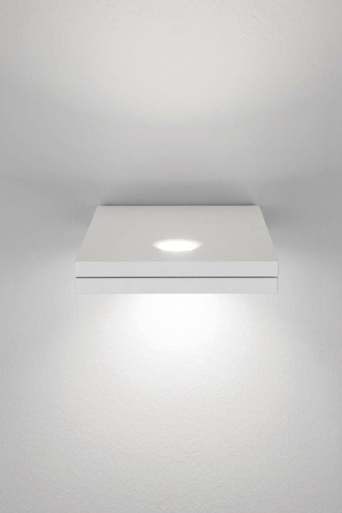 https://res.cloudinary.com/clippings/image/upload/t_big/dpr_auto,f_auto,w_auto/v1518080363/products/segno-maxi-double-wall-light-lumen-center-italia-villatosca-clippings-9848211.jpg