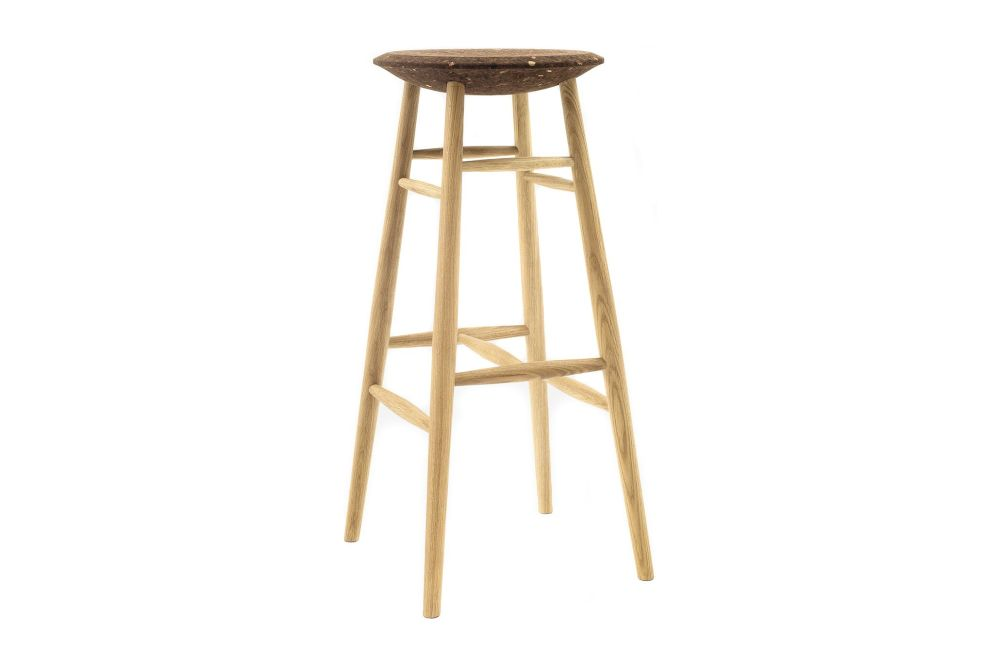 https://res.cloudinary.com/clippings/image/upload/t_big/dpr_auto,f_auto,w_auto/v1520415149/products/drifted-bar-stool-hem-lars-beller-fjetland-clippings-9930681.jpg