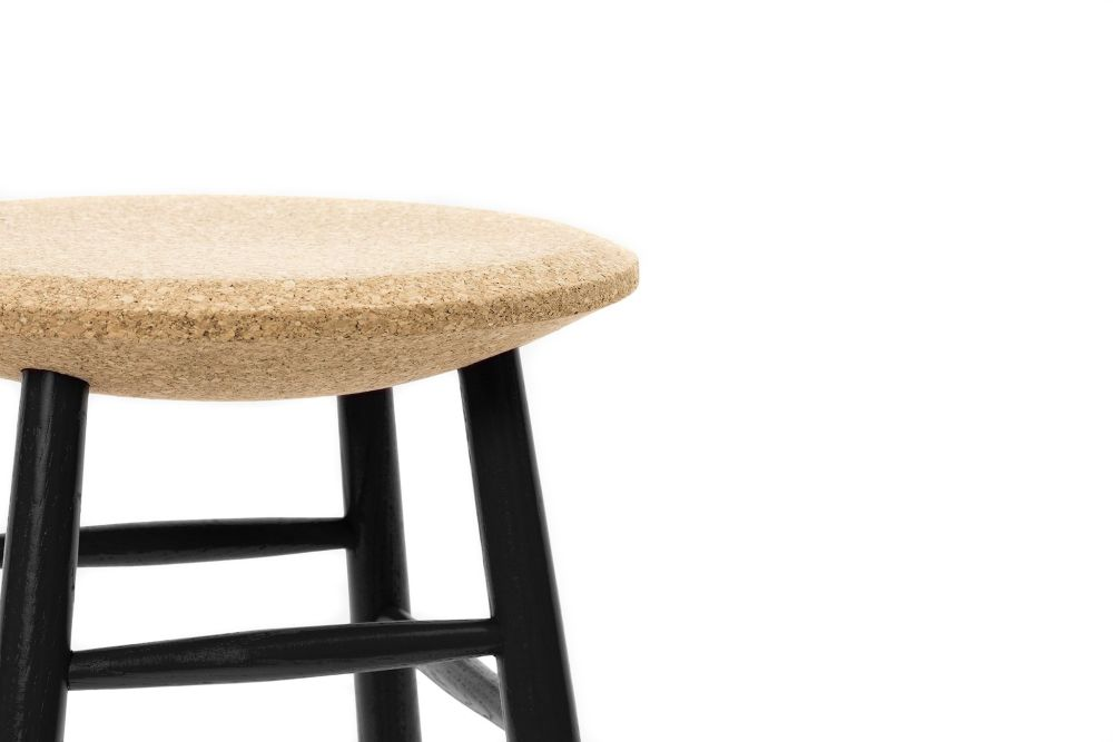 https://res.cloudinary.com/clippings/image/upload/t_big/dpr_auto,f_auto,w_auto/v1520415160/products/drifted-bar-stool-hem-lars-beller-fjetland-clippings-9930711.jpg