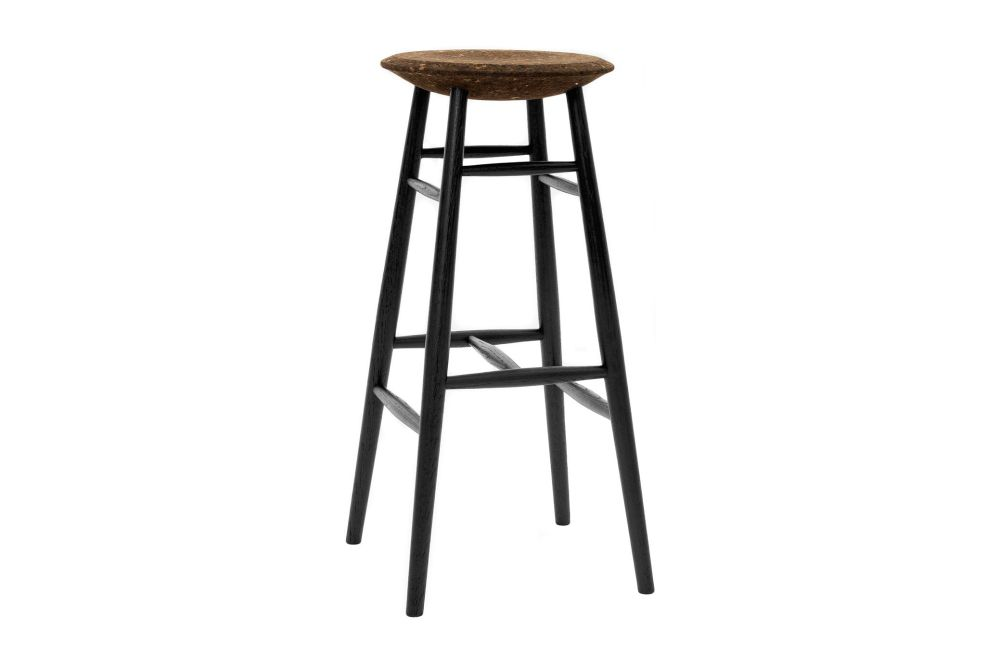 https://res.cloudinary.com/clippings/image/upload/t_big/dpr_auto,f_auto,w_auto/v1520415163/products/drifted-bar-stool-hem-lars-beller-fjetland-clippings-9930721.jpg