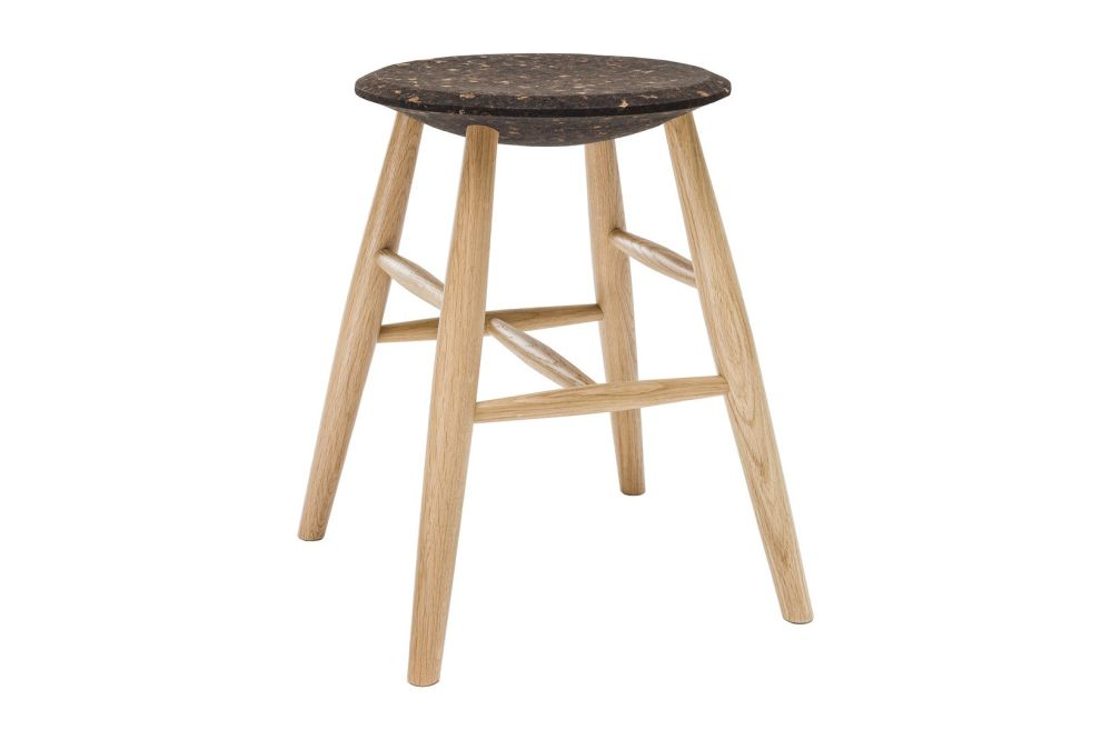 https://res.cloudinary.com/clippings/image/upload/t_big/dpr_auto,f_auto,w_auto/v1520415372/products/drifted-stool-hem-lars-beller-fjetland-clippings-9930801.jpg
