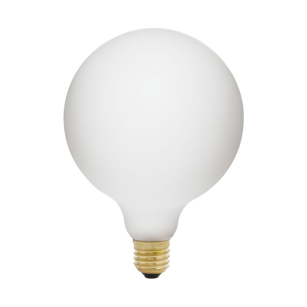 https://res.cloudinary.com/clippings/image/upload/t_big/dpr_auto,f_auto,w_auto/v1521564619/products/porcelain-iii-6w-led-lightbulb-tala-clippings-9971001.jpg