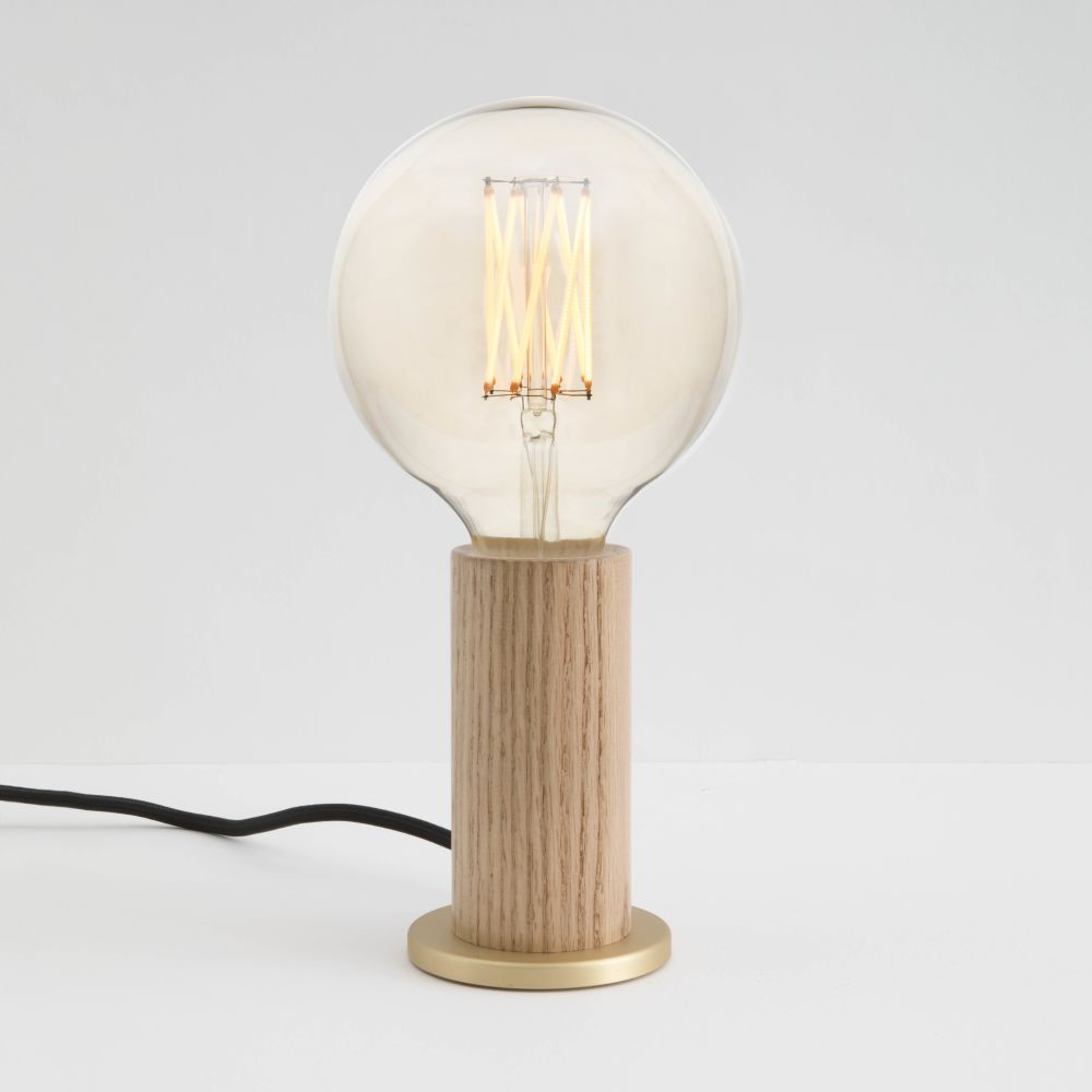 https://res.cloudinary.com/clippings/image/upload/t_big/dpr_auto,f_auto,w_auto/v1522312749/products/gaia-6w-led-lightbulb-tala-clippings-10003551.jpg