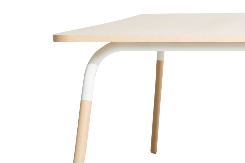 https://res.cloudinary.com/clippings/image/upload/t_big/dpr_auto,f_auto,w_auto/v1522658461/products/dojo-dining-table-petite-friture-acal-studio-clippings-10009231.jpg