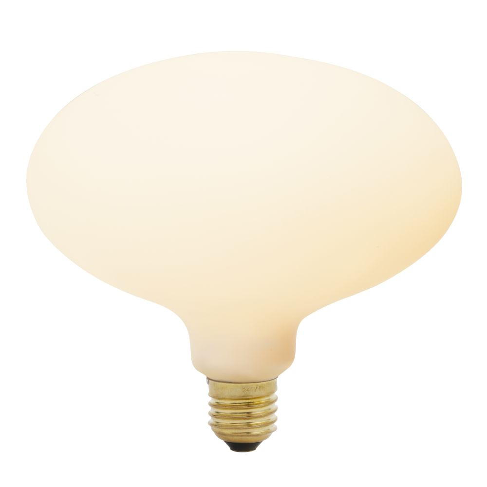 https://res.cloudinary.com/clippings/image/upload/t_big/dpr_auto,f_auto,w_auto/v1522763012/products/oval-6w-led-lightbulb-tala-clippings-10012691.jpg