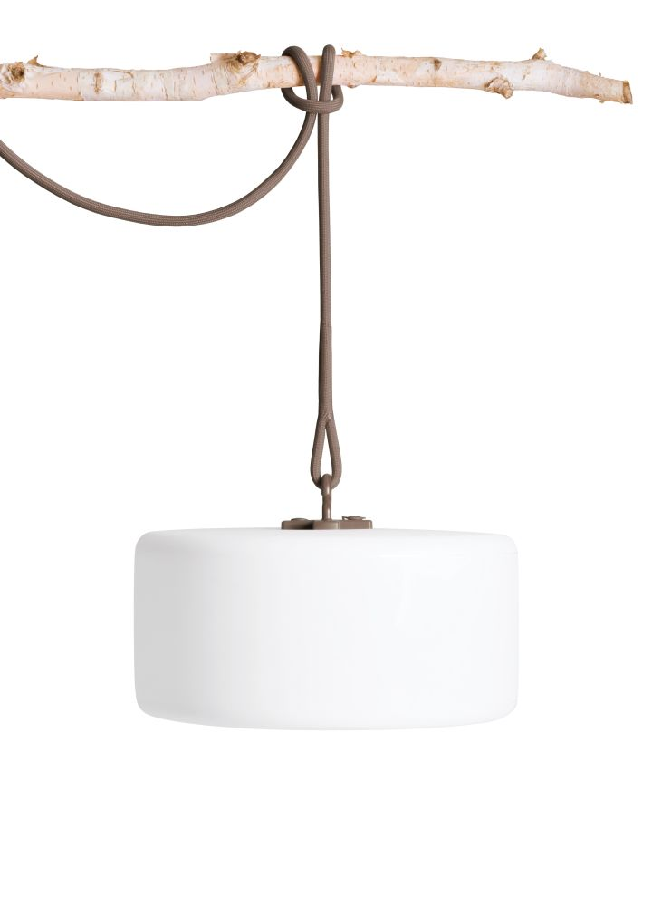 https://res.cloudinary.com/clippings/image/upload/t_big/dpr_auto,f_auto,w_auto/v1523540023/products/thierry-le-swinger-pendant-light-fatboy-fatboy-clippings-10051441.jpg