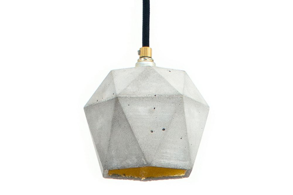 https://res.cloudinary.com/clippings/image/upload/t_big/dpr_auto,f_auto,w_auto/v1523874102/products/t2-pendant-light-gantlights-stefan-gant-clippings-10057721.jpg