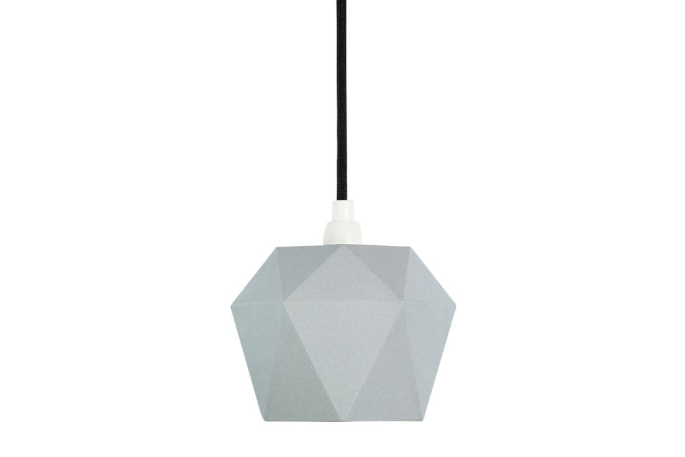 https://res.cloudinary.com/clippings/image/upload/t_big/dpr_auto,f_auto,w_auto/v1523958093/products/k1-pendant-light-gantlights-stefan-gant-clippings-10059921.jpg