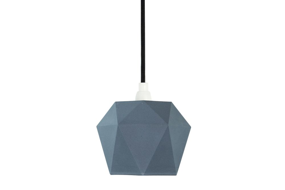 https://res.cloudinary.com/clippings/image/upload/t_big/dpr_auto,f_auto,w_auto/v1523958093/products/k1-pendant-light-gantlights-stefan-gant-clippings-10059941.jpg