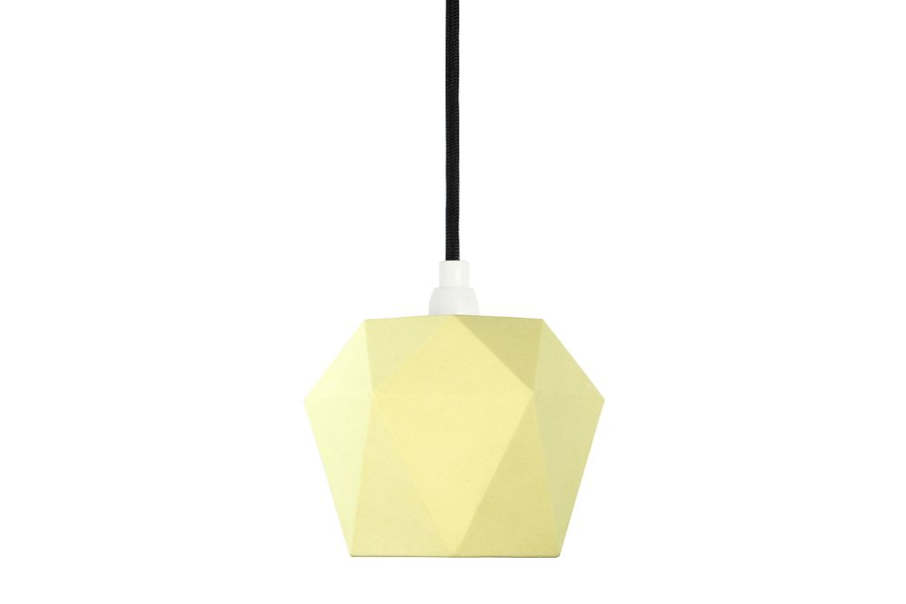 https://res.cloudinary.com/clippings/image/upload/t_big/dpr_auto,f_auto,w_auto/v1523958094/products/k1-pendant-light-gantlights-stefan-gant-clippings-10059951.jpg